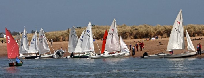 Dinghy cruise at Dawlish Warren