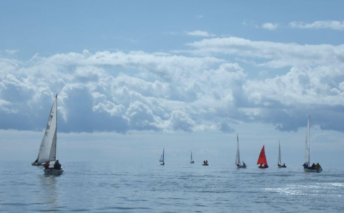 dinghy_cruise_123